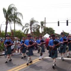 Parade2003e